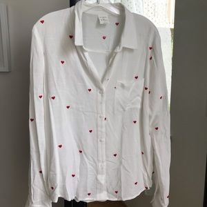 BY TOGETHER Heart Stitched Button Blouse